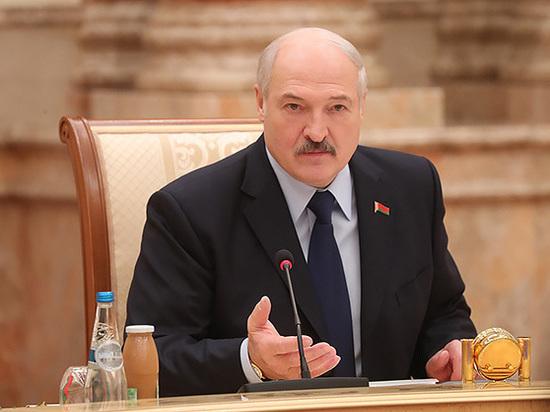 Лукашенко заподозрил Москву в попытках присоединить Белоруссию к России