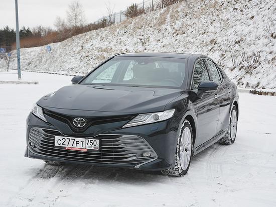 Тест-драйв новой  Toyota Camry