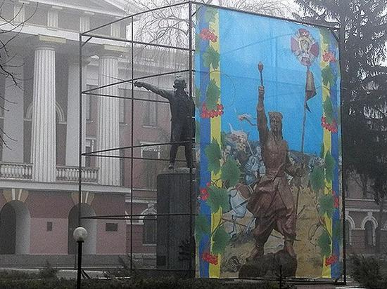 В Киеве планируют демонтировать памятник полководцу Александру Суворову