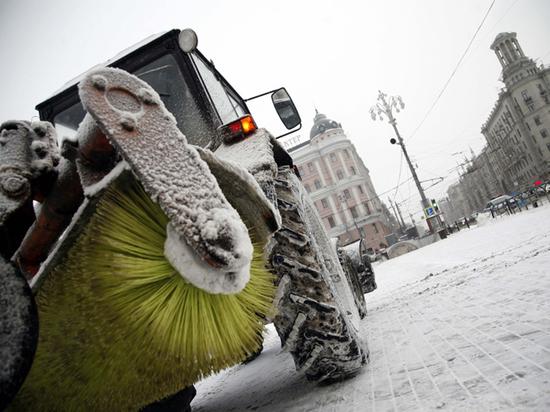 В Москве подростка перемололо в щетке снегоуборочной машины
