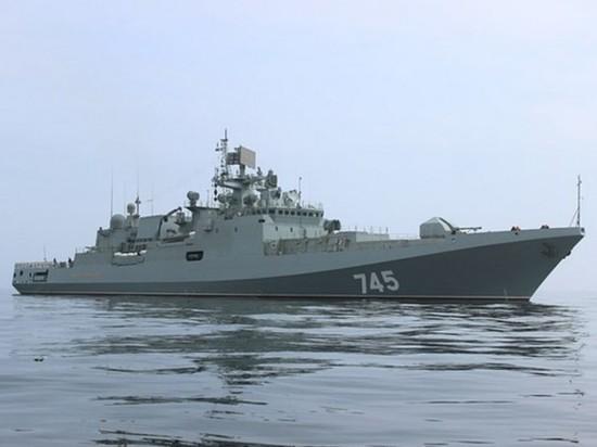 Британские СМИ назвали «Третьей мировой» приход российского фрегата в Азов