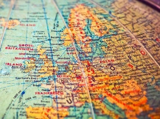 В Совфеде предложили наказывать за неверное обозначение Крыма на картах