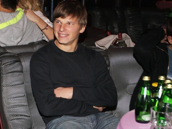 Андрей Аршавин бросил жену и маленькую дочь: ночь и поцелуи