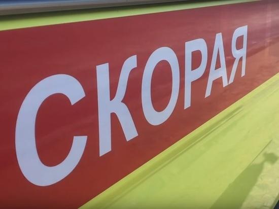 Обезумевшая мать в Котельниково воткнула ножницы в шею 10-месячному сыну