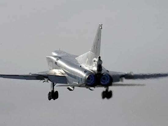 Возможной причиной крушения бомбардировщика в Мурманской области назвали снежный заряд